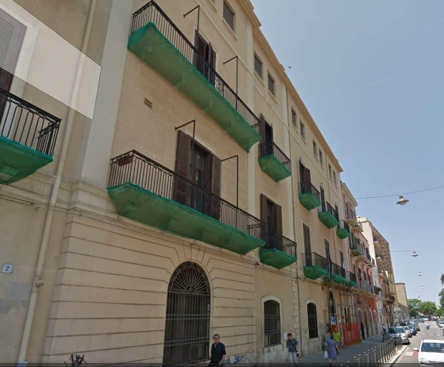 Scuola Piccinni. un istituto che ha subito numerosi interventi di ristrutturazione