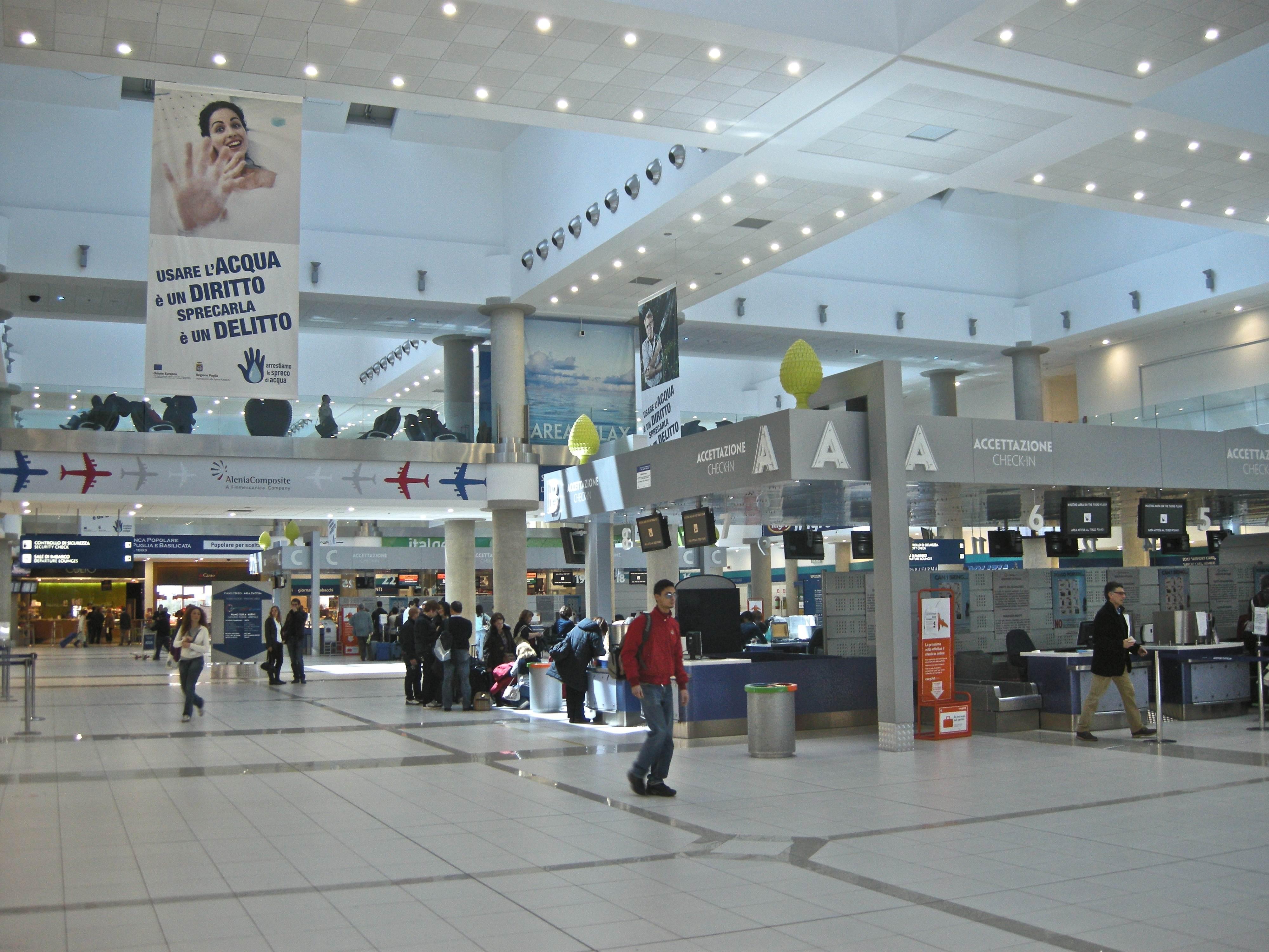 Aeroporto Bari : L aeroporto di bari tra i migliori di europa l incoronazione da