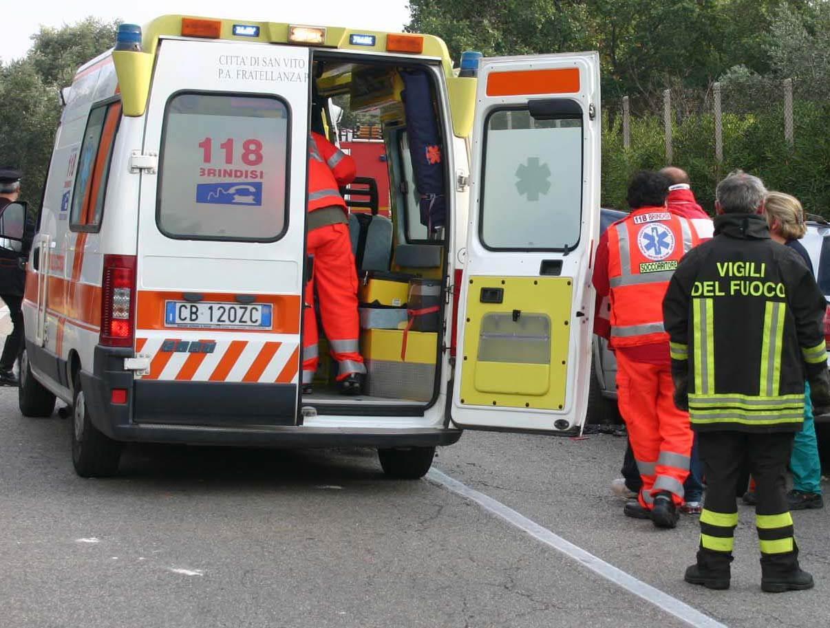 Incidente su autostrada A14 tra Bitonto e Andria due feriti