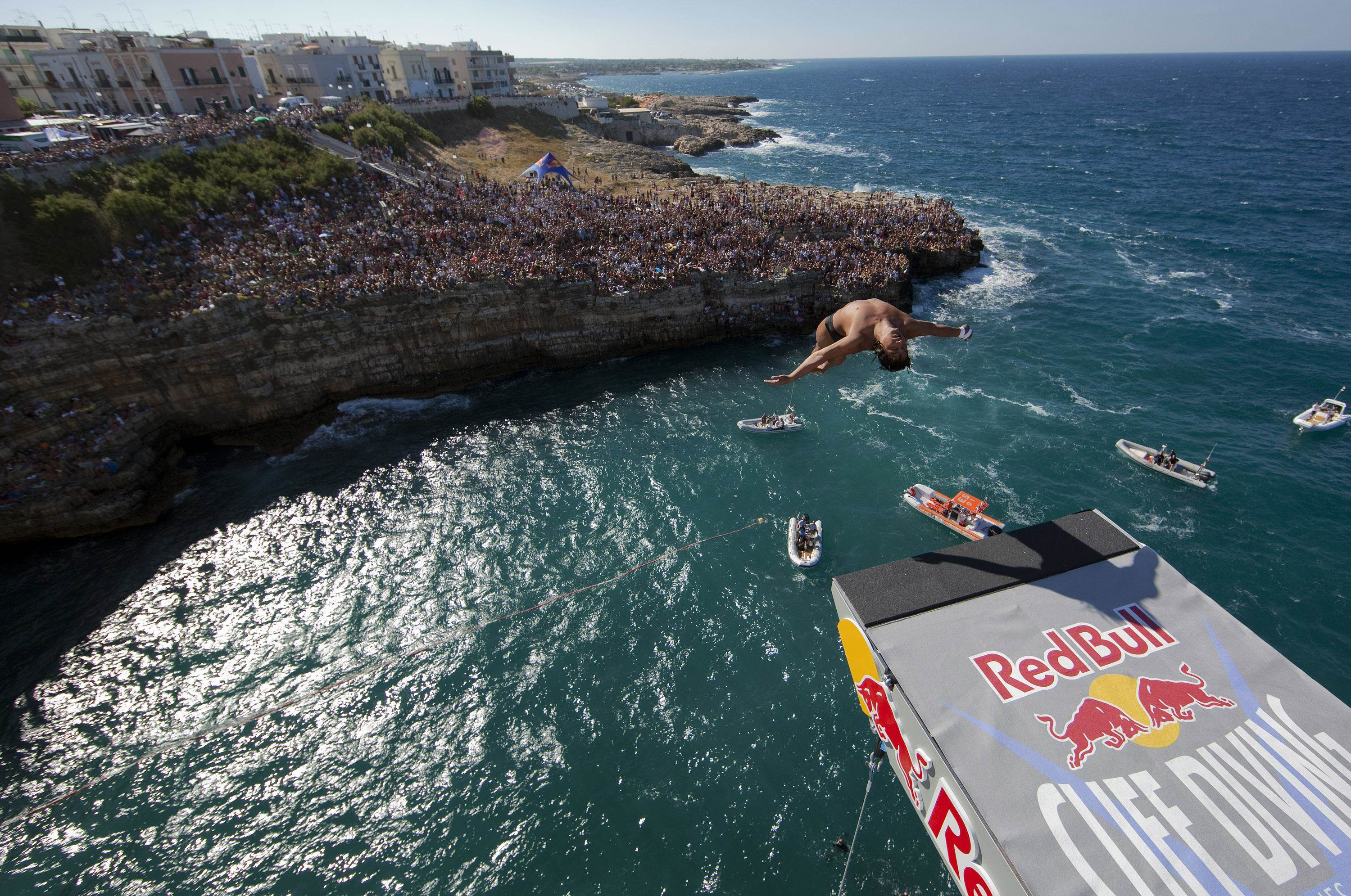 Red Bull Cliff Diving Polignano A Mare