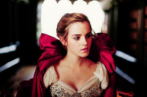 Emma Watson Bella Bestia