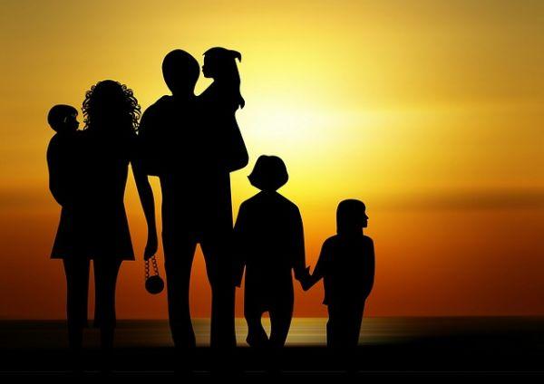Tema Famiglia Generale