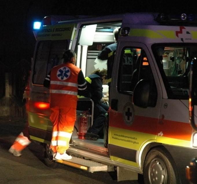 Bari, scontro frontale tra auto: bimbo di 8 anni in coma, grave la mamma