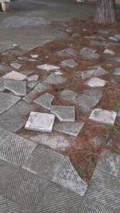 marciapiede rotto Japigia