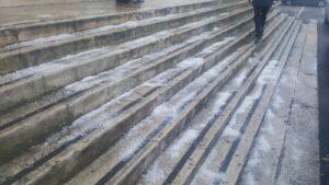 Il sale grosso sulle scale del Santarella