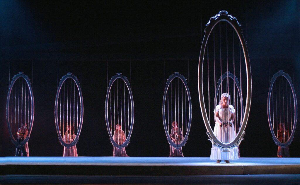 Manon Lescaut in scena al Petruzzelli