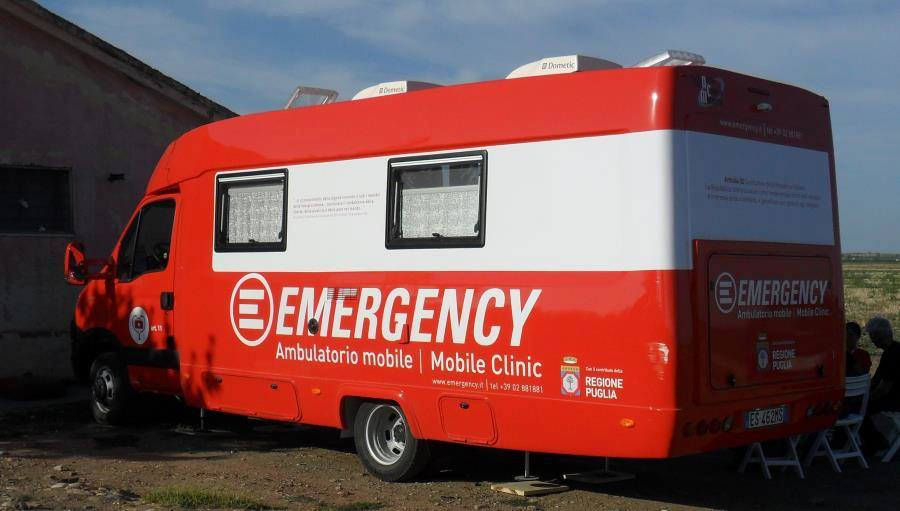 emergency ambulanza