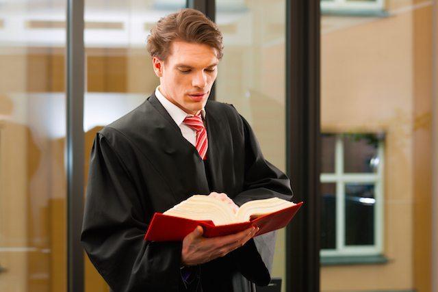 Praticantato-del-praticante-avvocato-presso-gli-uffici-giudiziari
