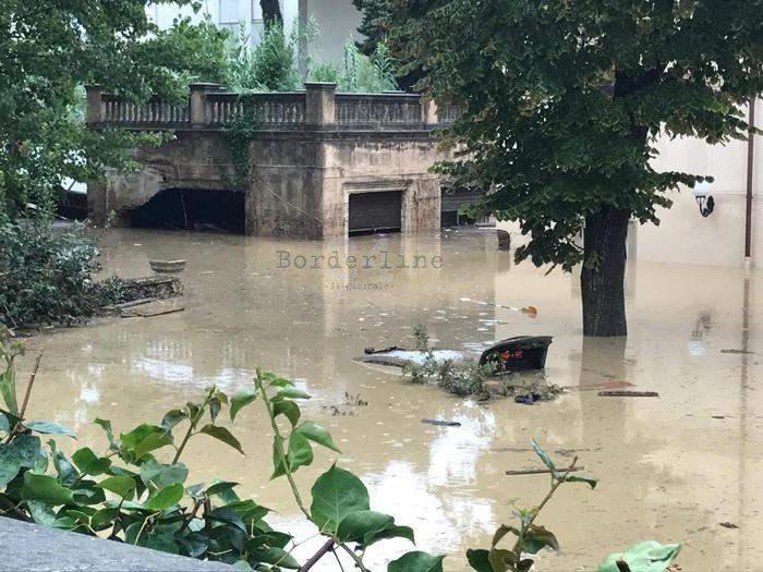 Maltempo a Livorno: ritrovato corpo donna dispersa