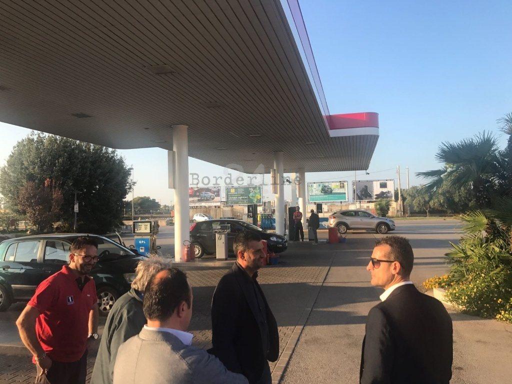 Palermo, 8 rapine in 3 mesi a distributore di carburante: arrestati