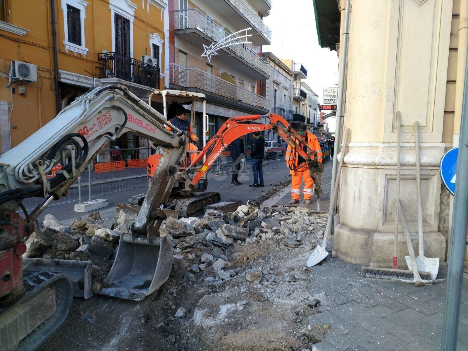 Carbonara Di Bari Storia bari, nuovi marciapiedi più larghi a carbonara: iniziati i