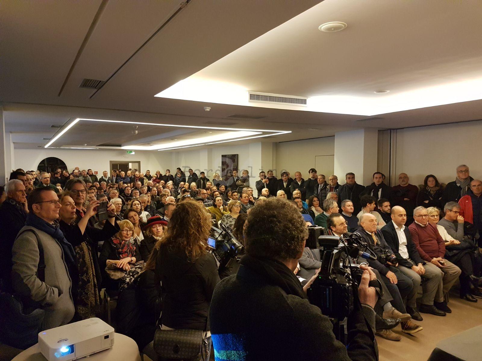 Napoli, consigliere regionale Luciano Passariello (FdI) indagato. Procura: