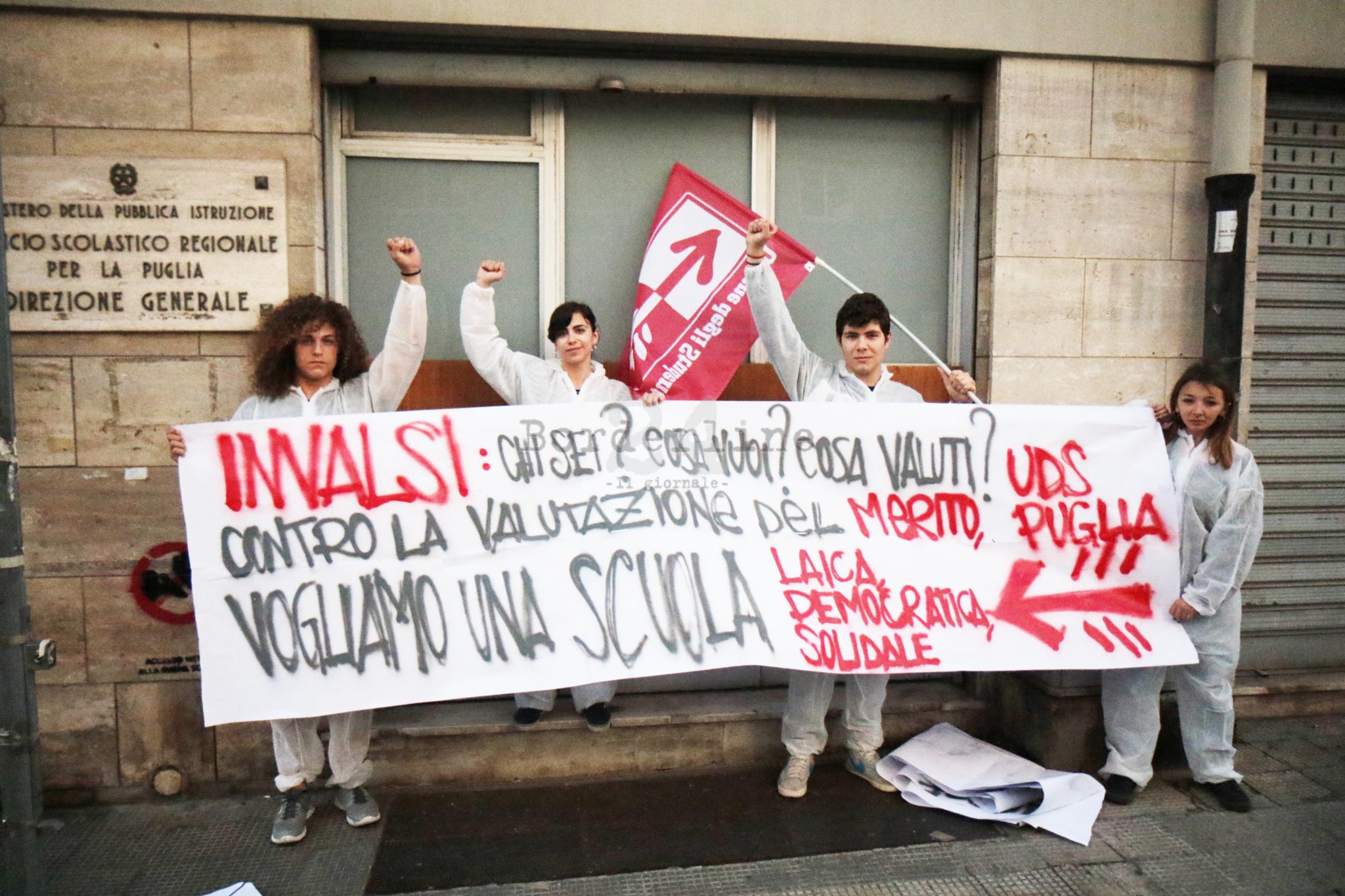 Vandalizzato un liceo di Firenze per protesta contro le prove Invalsi