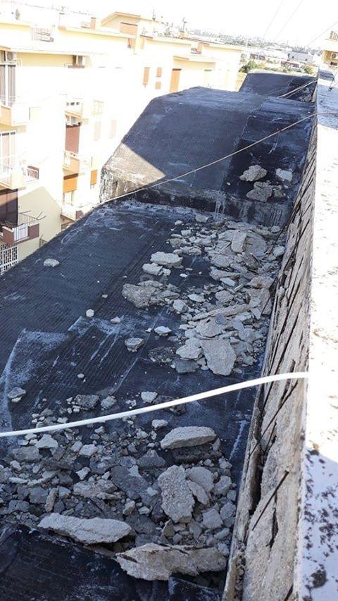 """Bari, al San Paolo il degrado delle case popolari: """"Qui è ..."""